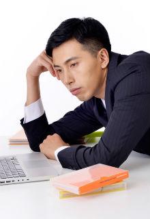 【就活生必見!】離職率の高いor低い業界とは!?